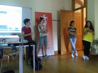 La juventud de Villanueva de la Torre se forma en participación juvenil